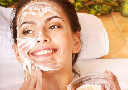 We offer medical skincare products & procedures!